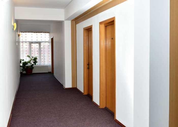 Prezentare Hotel Vulturul