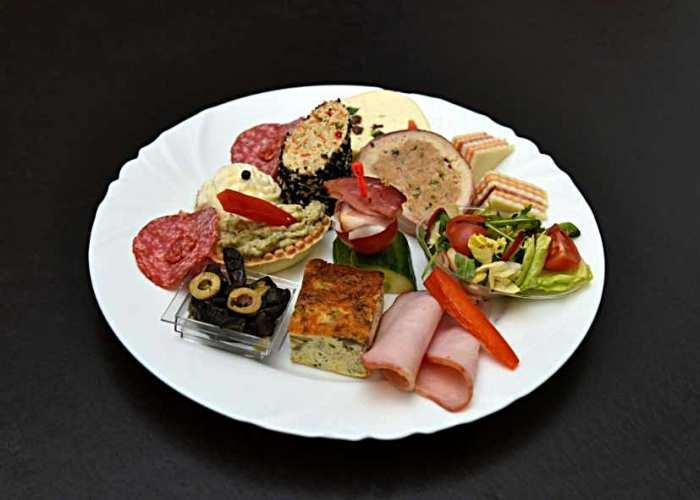 Meniu restaurant - organizare evenimente festive Pitesti