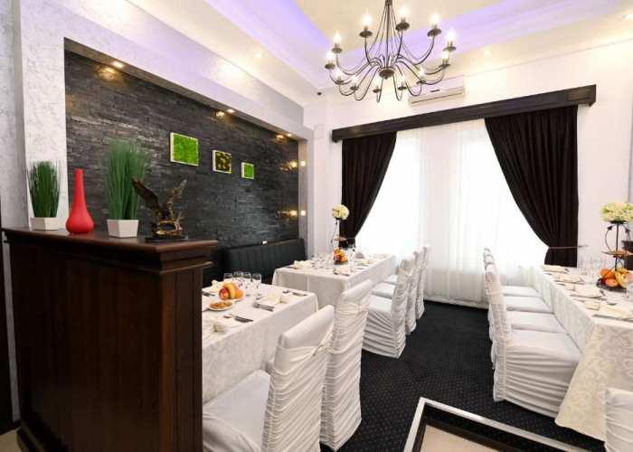 Galerie foto restaurant - organizare evenimente festive Pitesti