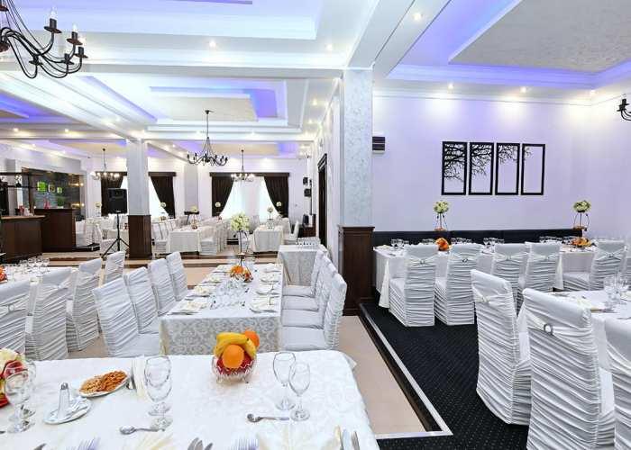 Hotelul si restaurantul in imagini
